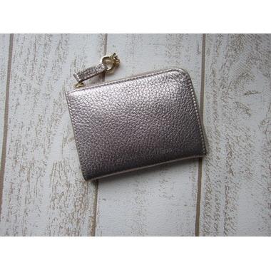 ストライプラメがお洒落なコンパクト財布